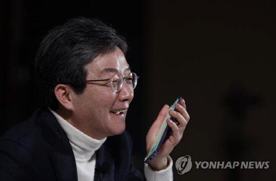 """유승민 """"安, 야권 단일후보 되면 `기호2번` 달고 나가야"""""""